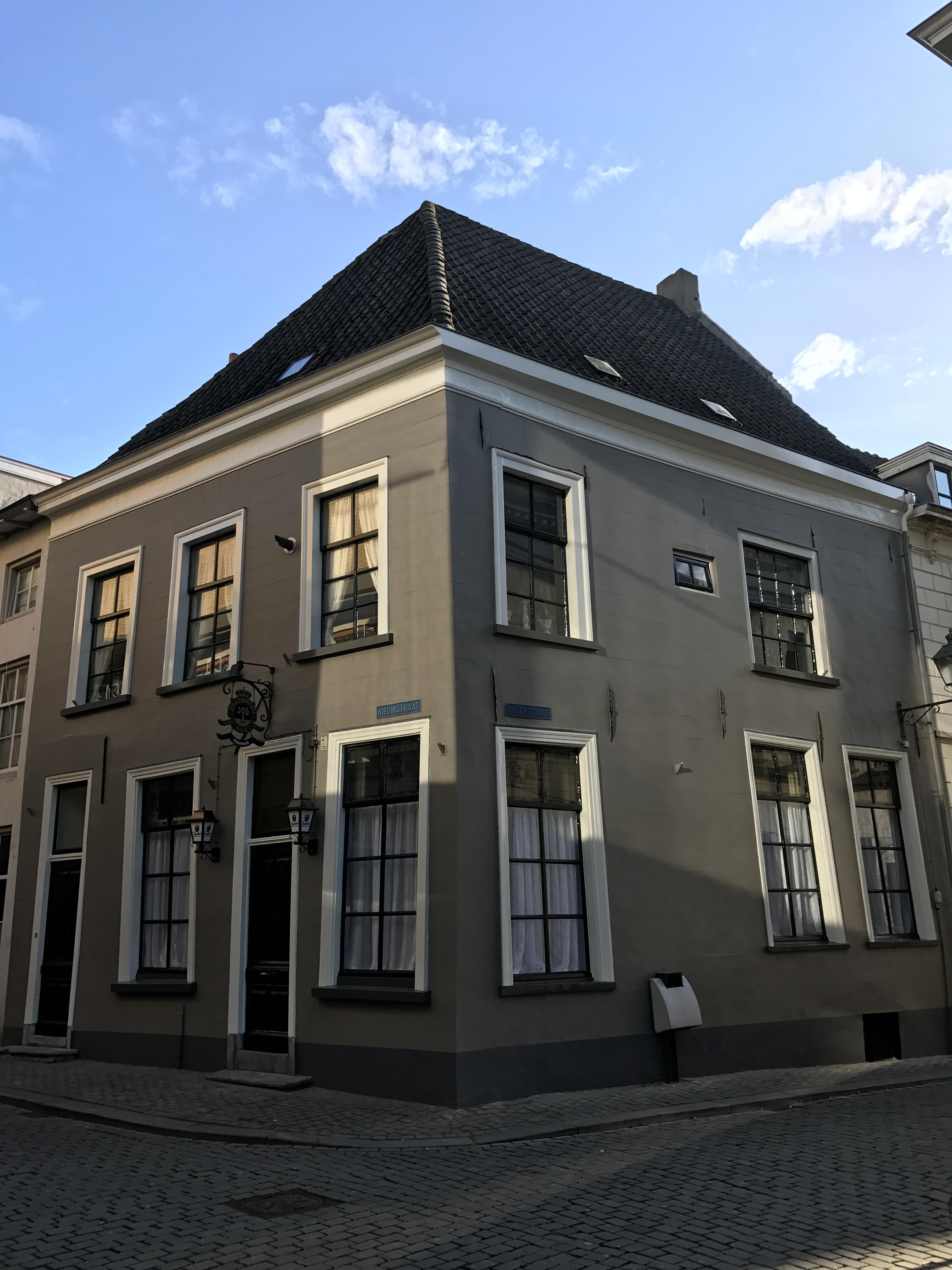 Piggenhuis-Breda-Na