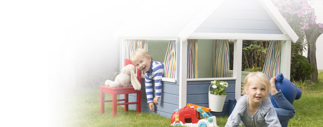 wie streicht man ein kinderspielhaus und holzger te richtig bondex. Black Bedroom Furniture Sets. Home Design Ideas