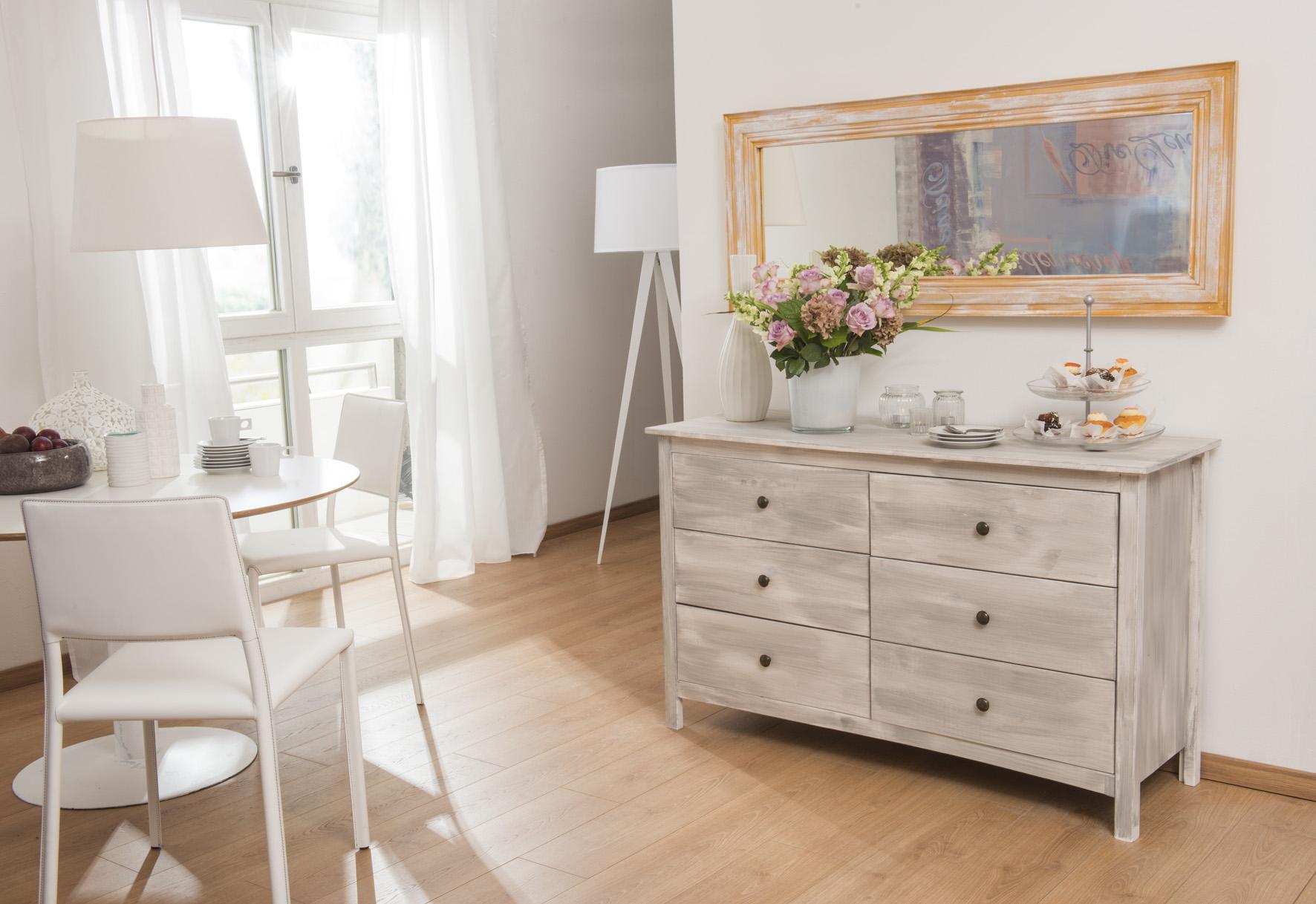 Dazu Gehört Auch Möbelstücke In Besondere Vintage Raritäten Zu Gestalten.  Ihre Neue Kommode Soll Besonders Natürlich Und Dekorativ Aussehen?