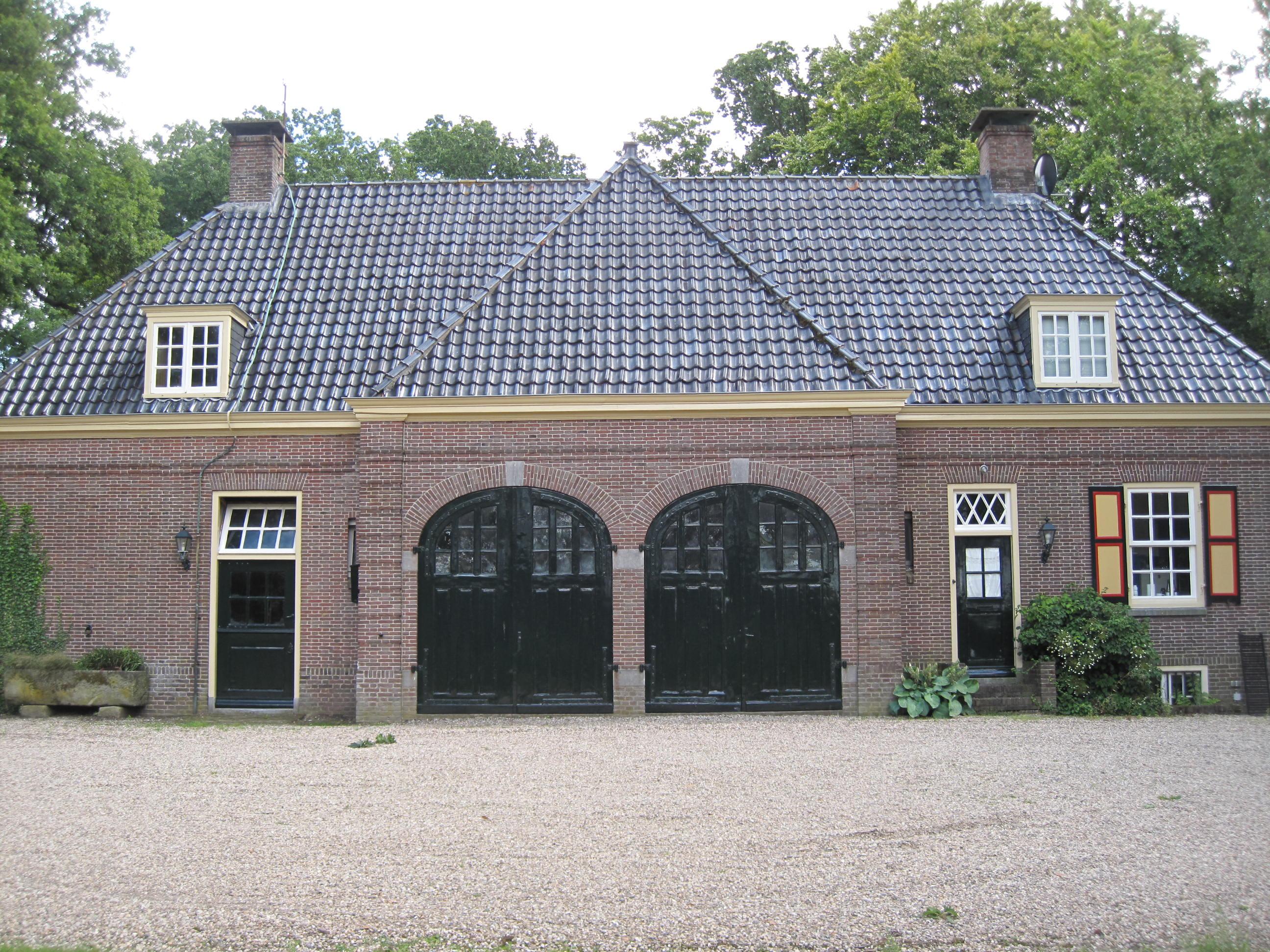 Bellinckhof-Almelo-Koetshuis-001