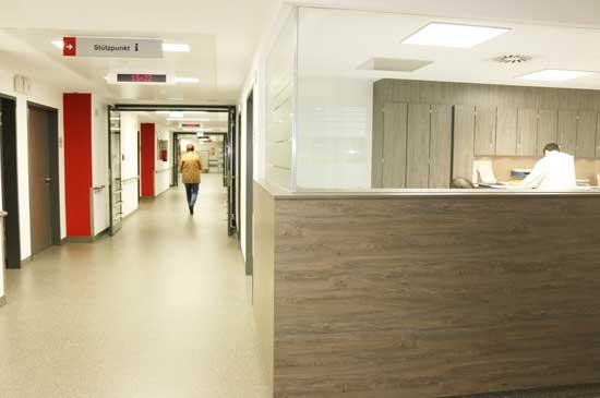 Medizinisches Zentrum Würselen, Empfang