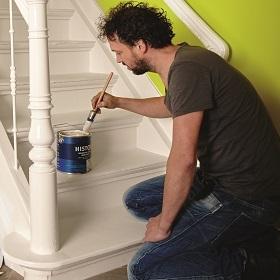 Histor verfkluswijzer trap schilderen - Witte trap grijs ...